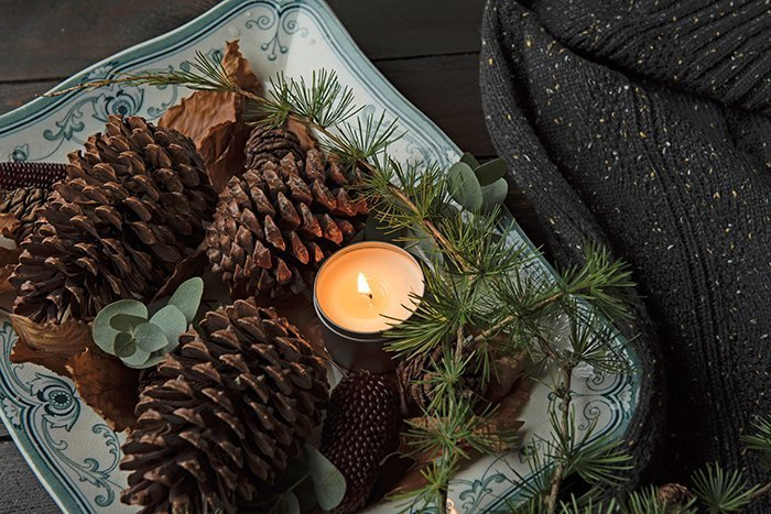 Pinecone and greenery tray decor