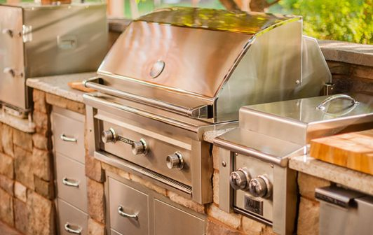 1-outdoor-kitchen-grill-